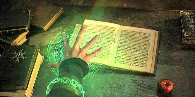 2016.11.16 O estranho perigo dos livros mágicos da biblioteca de Kamar-Taj